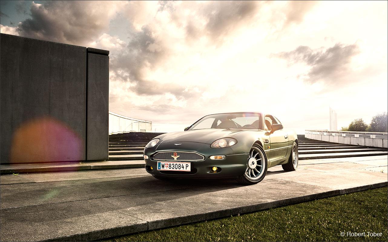 aston-martin-db7-sportwagen-klassiker-wien-donau-city-fotografie-by-robert-tober