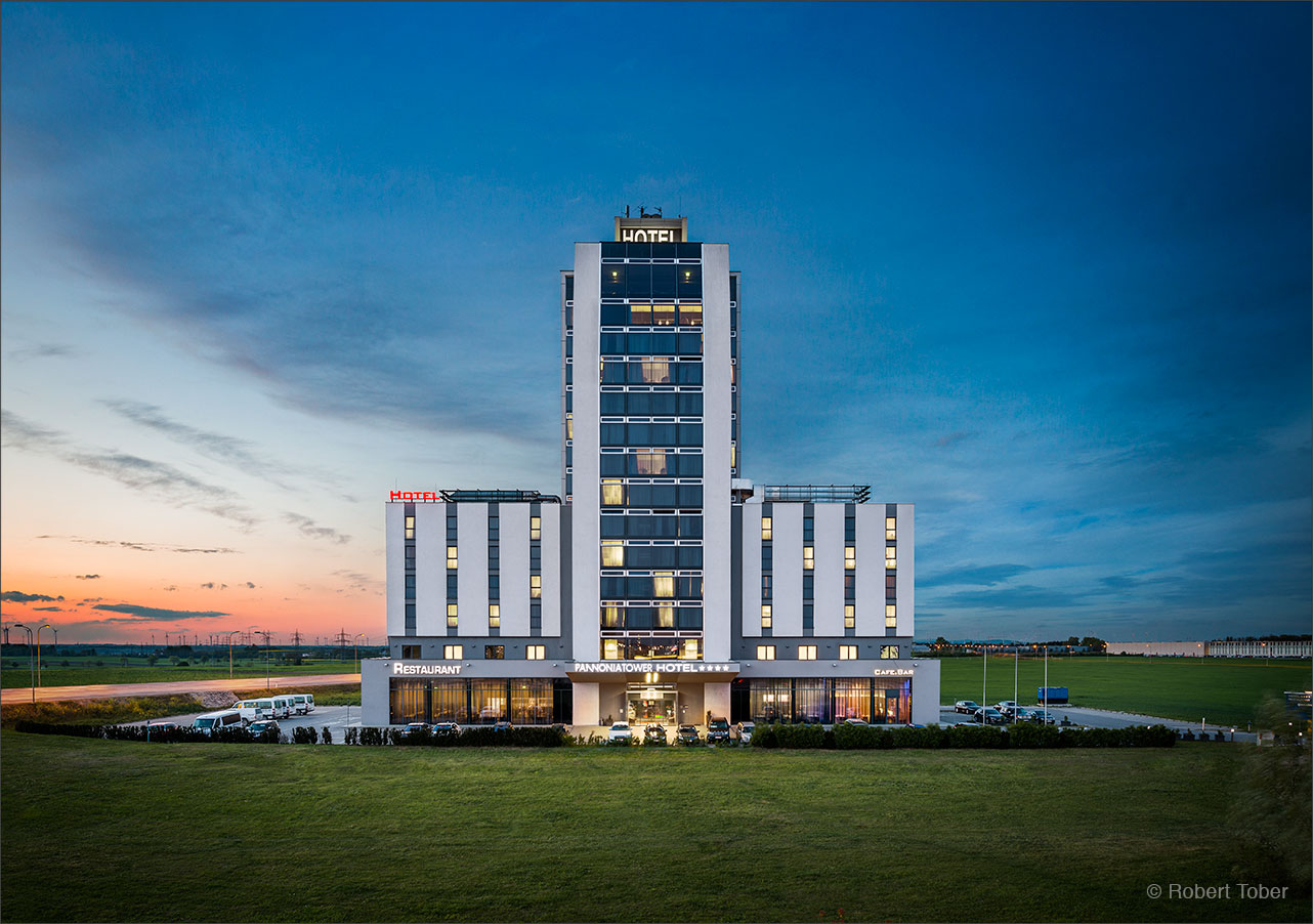 pannonia-tower-hotel-parndorf-02-architecture-photography-by-robert-tober